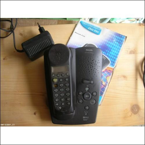 TELEFONO CORDLESS CON SEGRETERIA TELEFONICA PHILIPS